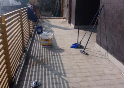 L'allestimento del balcone su cui verrà steso il prodotto