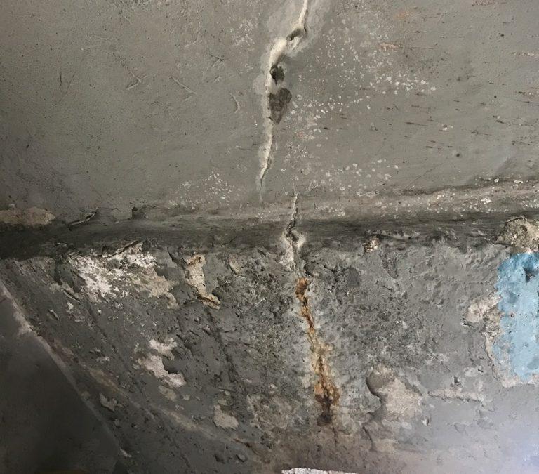 Nessun materiale si salva dalle infiltrazioni, compreso il cemento armato