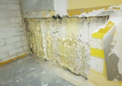 La parete con la resina espansa